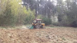 traktor glebogryzarka